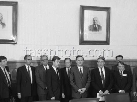 Sveriges industriminister Thage G. Peterson på besök i Sovjetunionen den 9 juni 1987