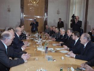 Den svenska riksdagsdelegationen på besök i Sovjetunionen den 27 februari 1987