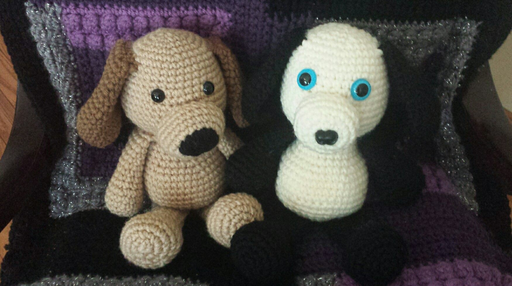 Cuddly crochet puppies