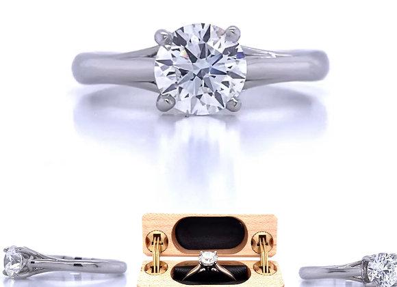 New- Platinum 1.01ct Diamond Solitaire Engagement Ring Appraised $5,980