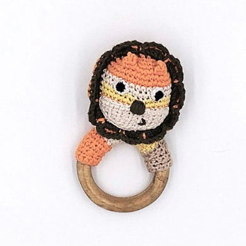 Pebble lion wooden teether & rattle