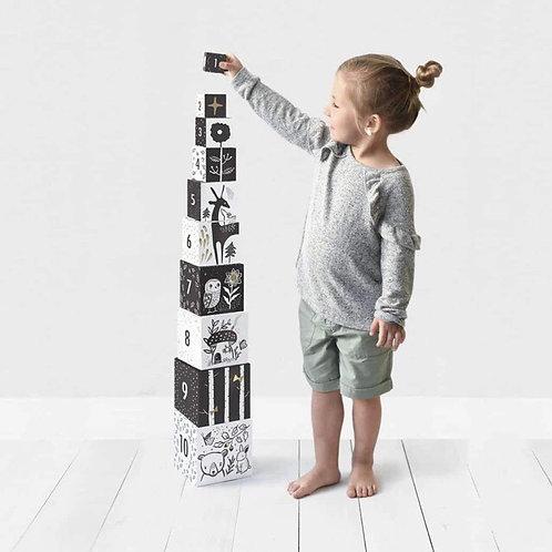 Wee gallery nesting blocks (woodland & numbers)
