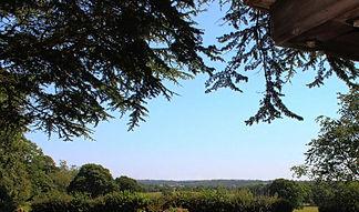 brooks-countryside-churchyard_edited.jpg