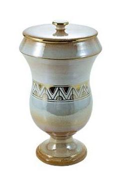 tester-and-jones-cermain-urn-Juno.jpg