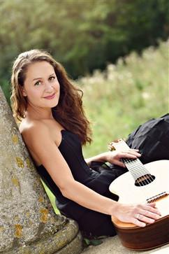 Amanda-Cook.jpg