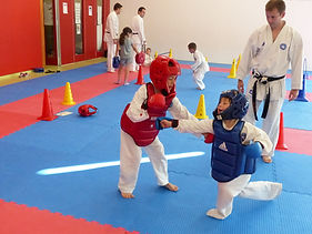 combat enfant, protection karate