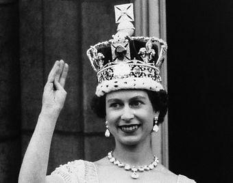queen-elizabeth-giugno-1953.jpg