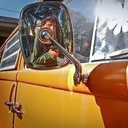 VW Bus Selfie