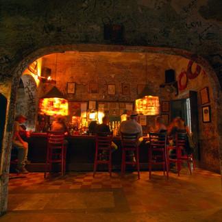 El Batey Bar, Puerto Rico