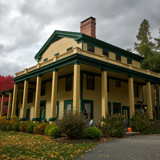 Glen Iris Inn, Autumn