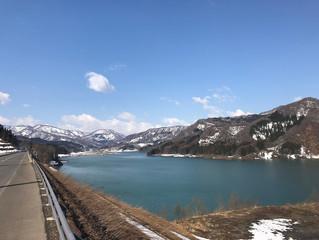 雪解け、春の西目屋村