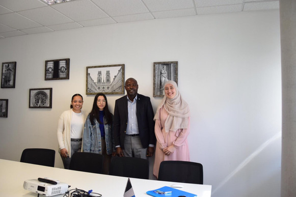 Mr MALOYI Eudes et l'équipe des bénévoles de l'UIT d'Orléans