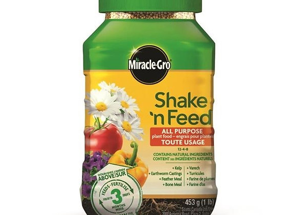 Miracle Grow Shake and Feed