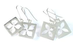 Silver square flower earrings