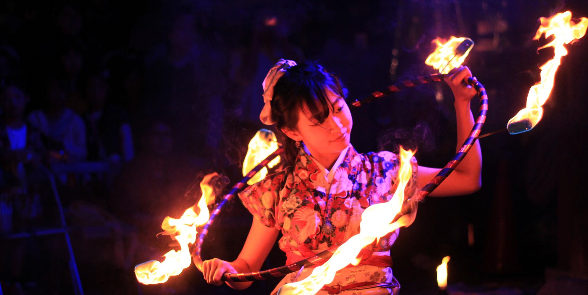 ファイヤーフープ@添御県坐神社宵宮祭.JPG