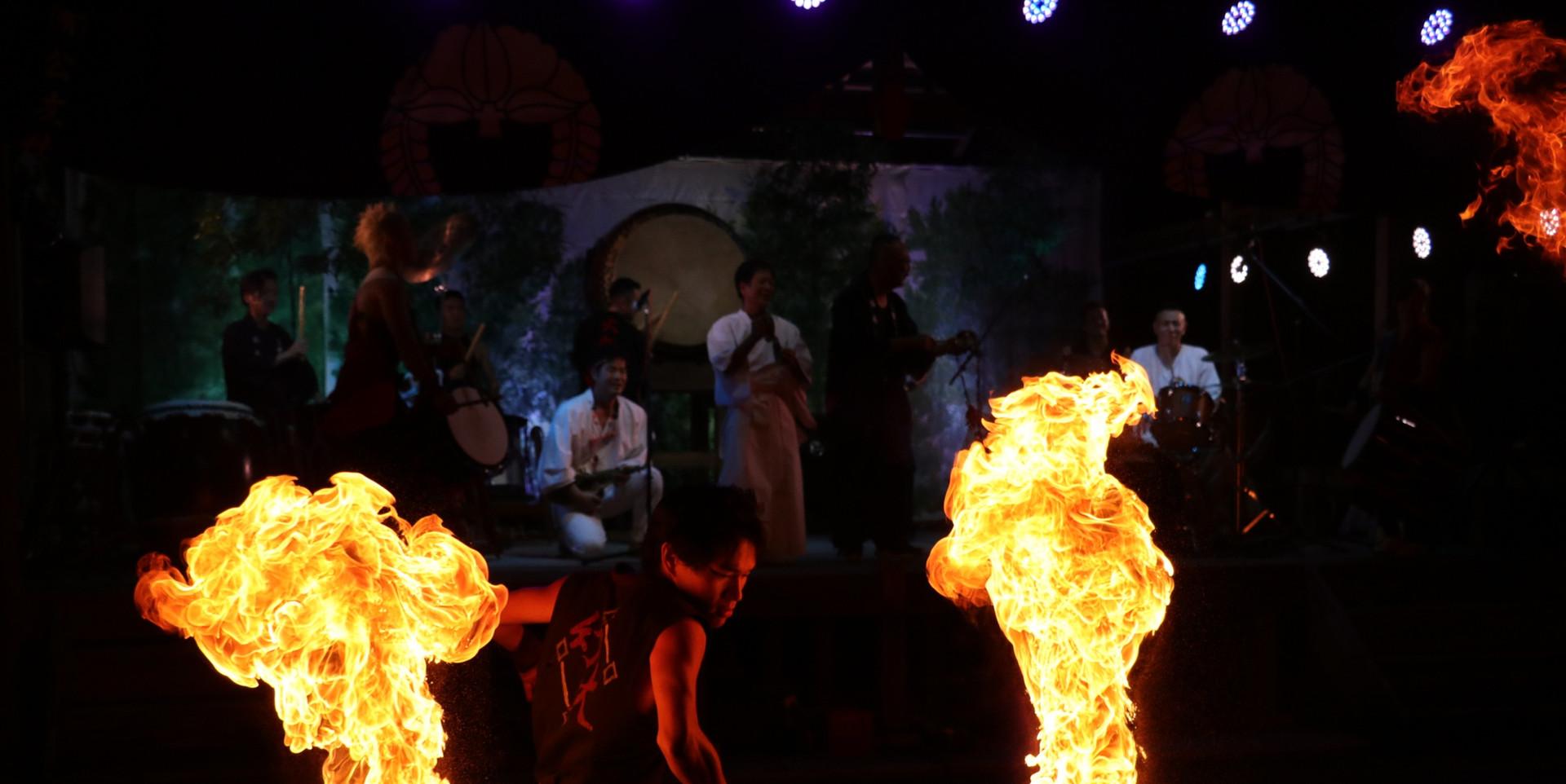 ロングスタッフ@往馬大社火祭り.JPG