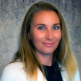 Dr. Nicole Web.jpg
