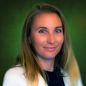 Dr. Nicole.jpg