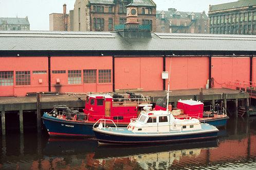 Glasgow fireboat St Mungo.