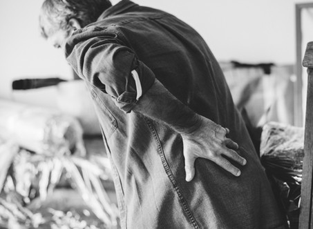 What are the Causes of Left Lower Back Pain and Right Lower Back Pain?
