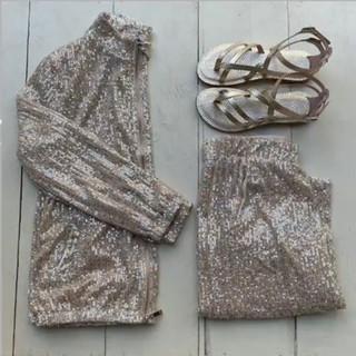 golden outfit.jpeg