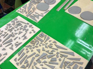 陶片モザイクピース作り