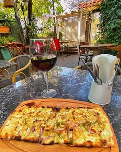 Pizza Bruschetta 🍴_Pizza hamuru üstünde