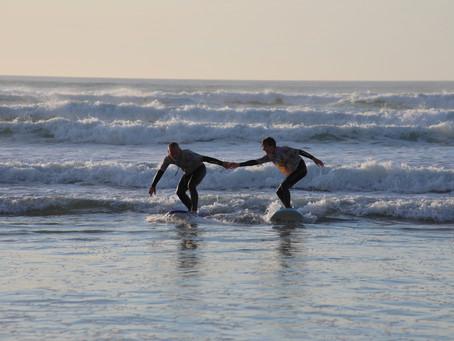 Comment se déroule un cours de surf à Biscarosse-plage ?