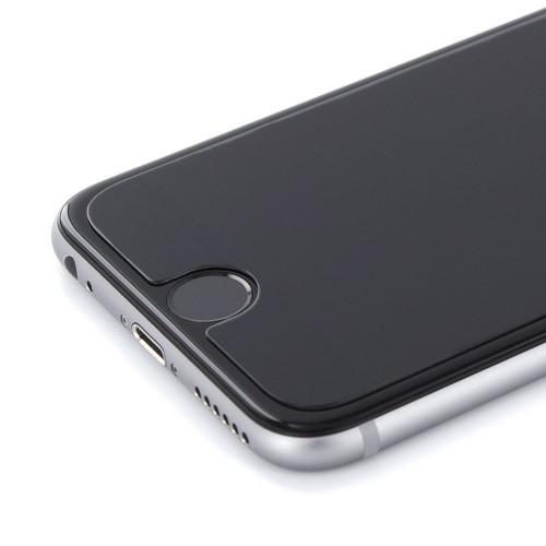 Klasično zaštitno staklo na modelu iPhone 6S
