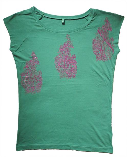 """Crimson-Rose Paisley Booti"" Leaf Green T-shirt"