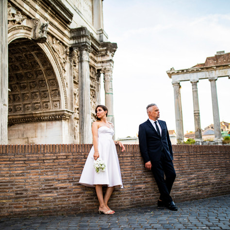 Courtney + Mike - A different Rome wedding photo-session