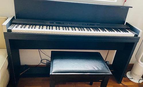 Korg LP-350 - 5 Years Old