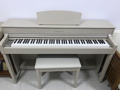 Yamaha Clavinova CLP-535WA - 2 Years Old