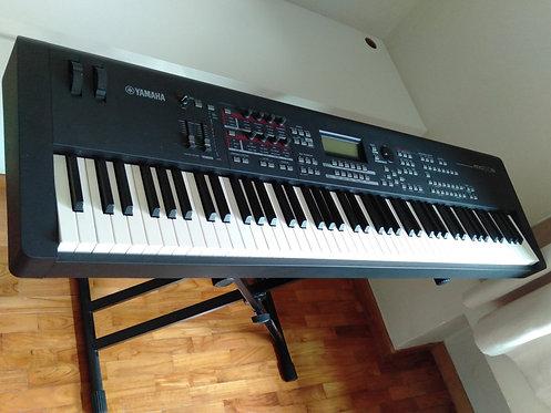 Yamaha MOX8 - 6 Years Old