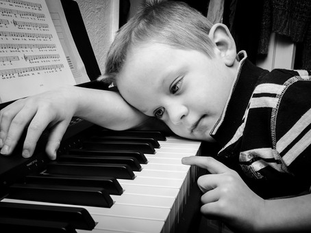 3 Signs To Show That Your Child Is Not Happy Playing The Piano