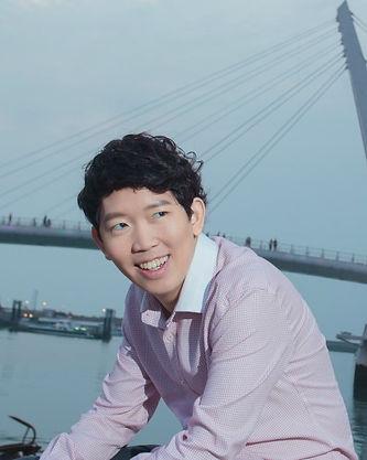 Piano Teacher Joshua Lim