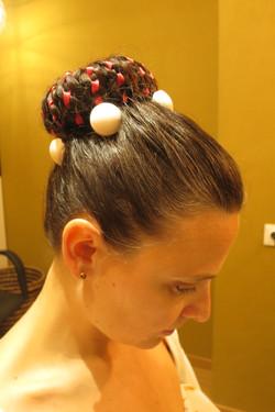 Frisur für den Bonbonball