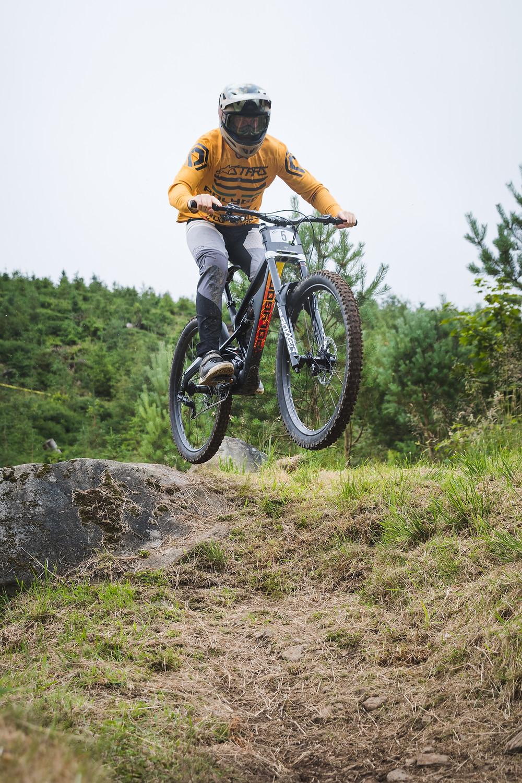 mountain biking, dan wolfe, polygon bikes,