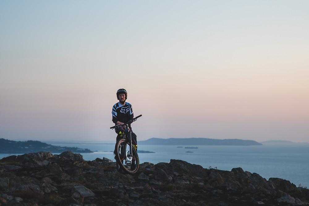 mountain biker on bray head, wicklow, colm keating,