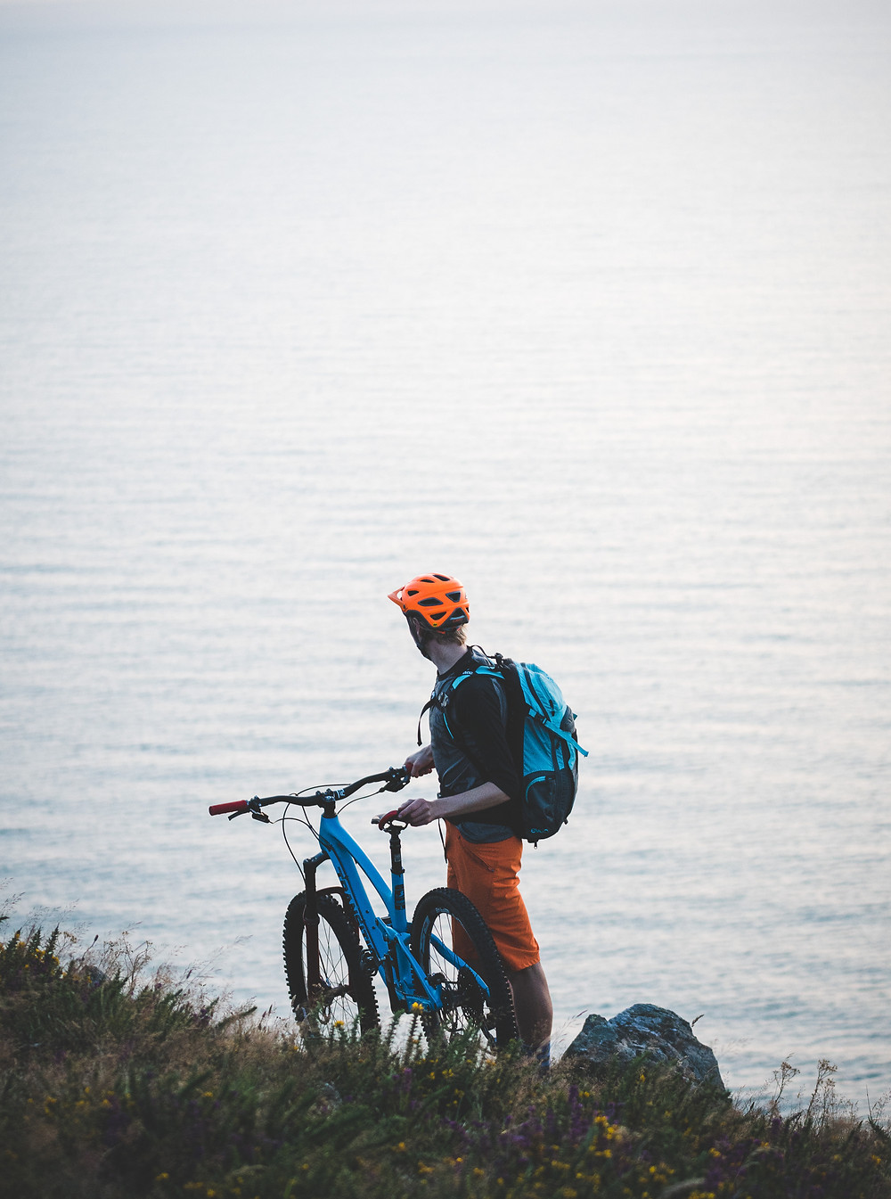 colm keating, mountain biker looking out to sea, bray head, ireland, iosac coleman,
