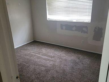 10-bedroom-1jpg