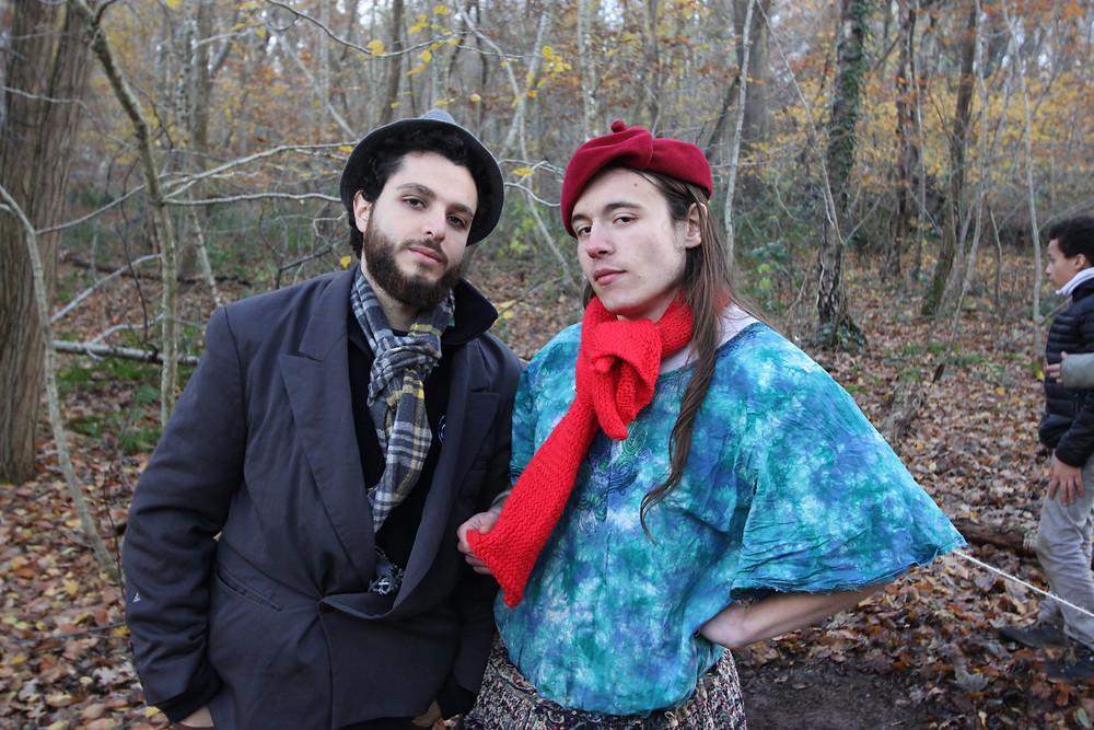 Watson et Adler en tournée dans les bois