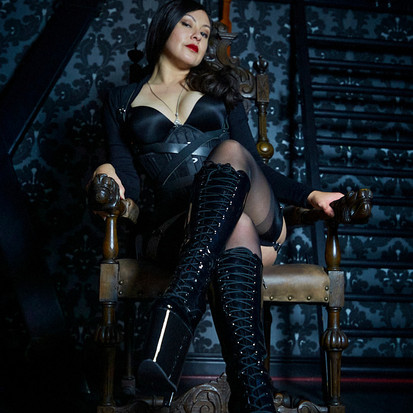 Domina Eva Sterling