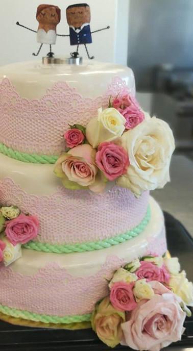 Wedding cake... (sujet fait par les mariés)