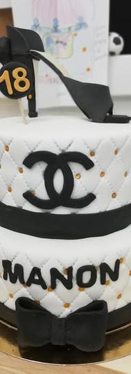 gâteau personnalisé chanel