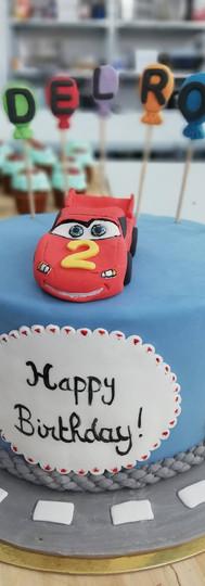 gâteau personnalisé CARS