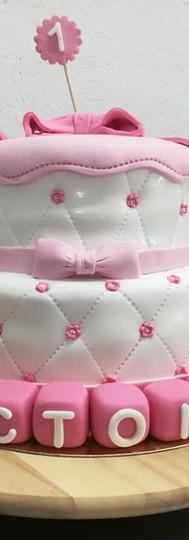 gâteau personnalisé prénom cubes