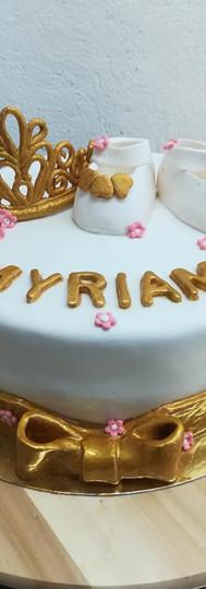 gâteau personnalisé doré