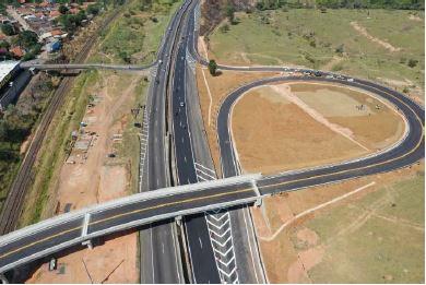 Rodovias do Tietê - Conclusão de obra do Dispositivo do Km 005+00, SP-101