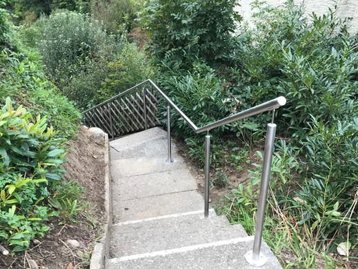 Handlauf aussen Treppe